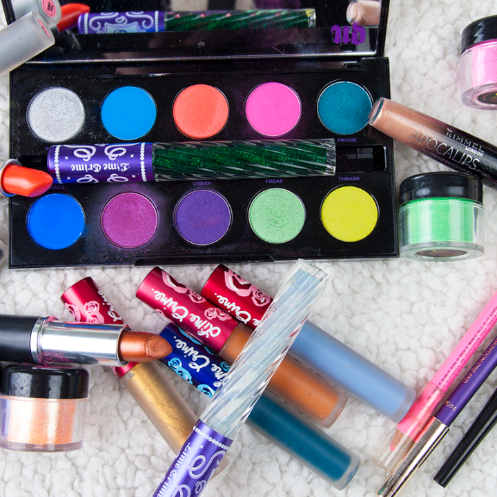 Holiday sets and the season - makeup wize